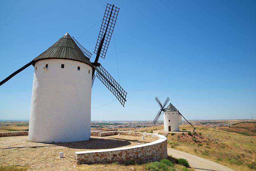 Alcázar de San Juan: tour por sus maravillas y sus molinos de viento del Cerro de San Antón y su queso García Baquero