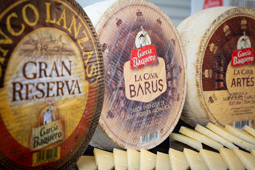 Conservar queso García Baquero en la nevera a temperatura exacta y atemperar antes de comer: burgos, fresco, tierno, curado...