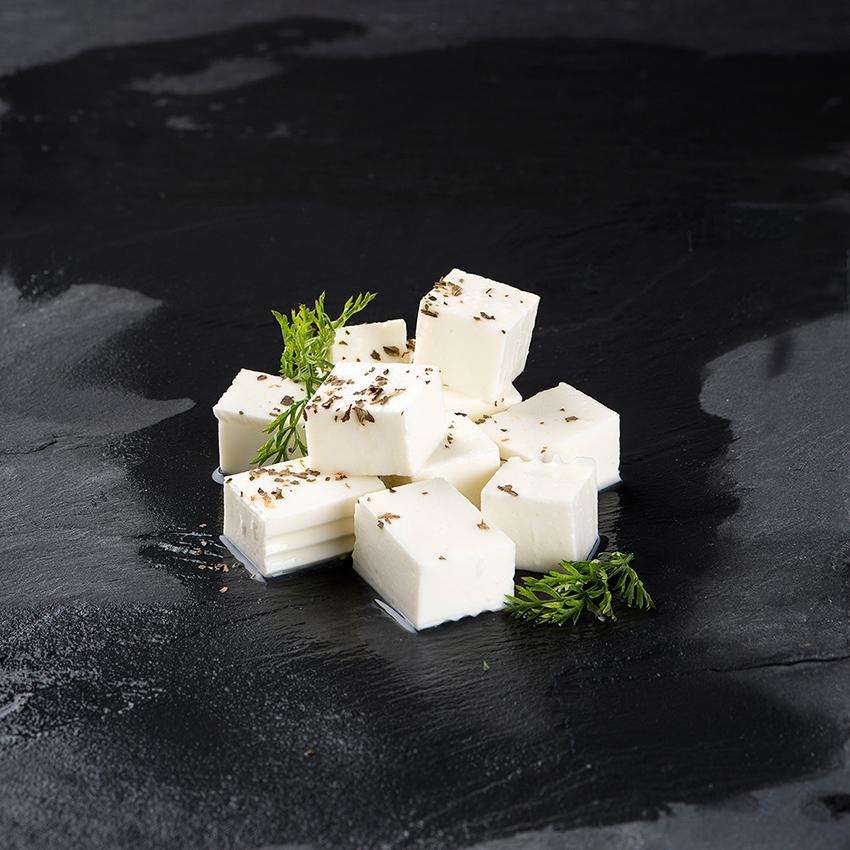 cortar quesos en dados es frecuente es queso tierno y queso fresco cmoo Burgos Línea de García Baquero