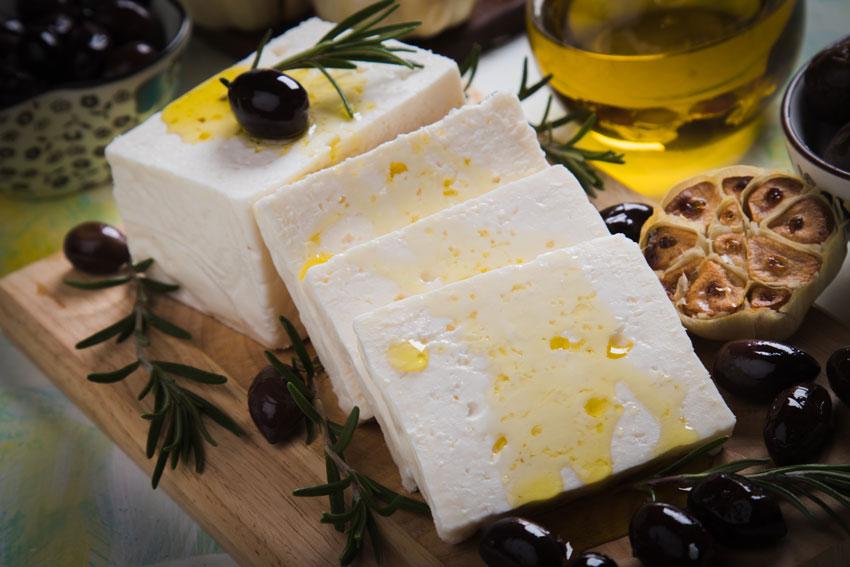 Quesos internacionales: el queso Feta griego. El queso que sale en la Odisea de Homero, elaborado con coupage de leches