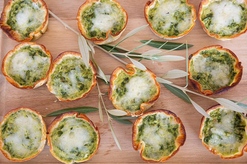 Feria de la tapa con queso de La Victoria. Tapas vegetales con queso: mini quiches de acelgas y queso Semicurado García Baquero
