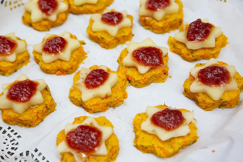 Tapa ganadora de la Feria de la tapa con queso de Candeleda: Tapa multicolor  con queso semicurado García Baquero