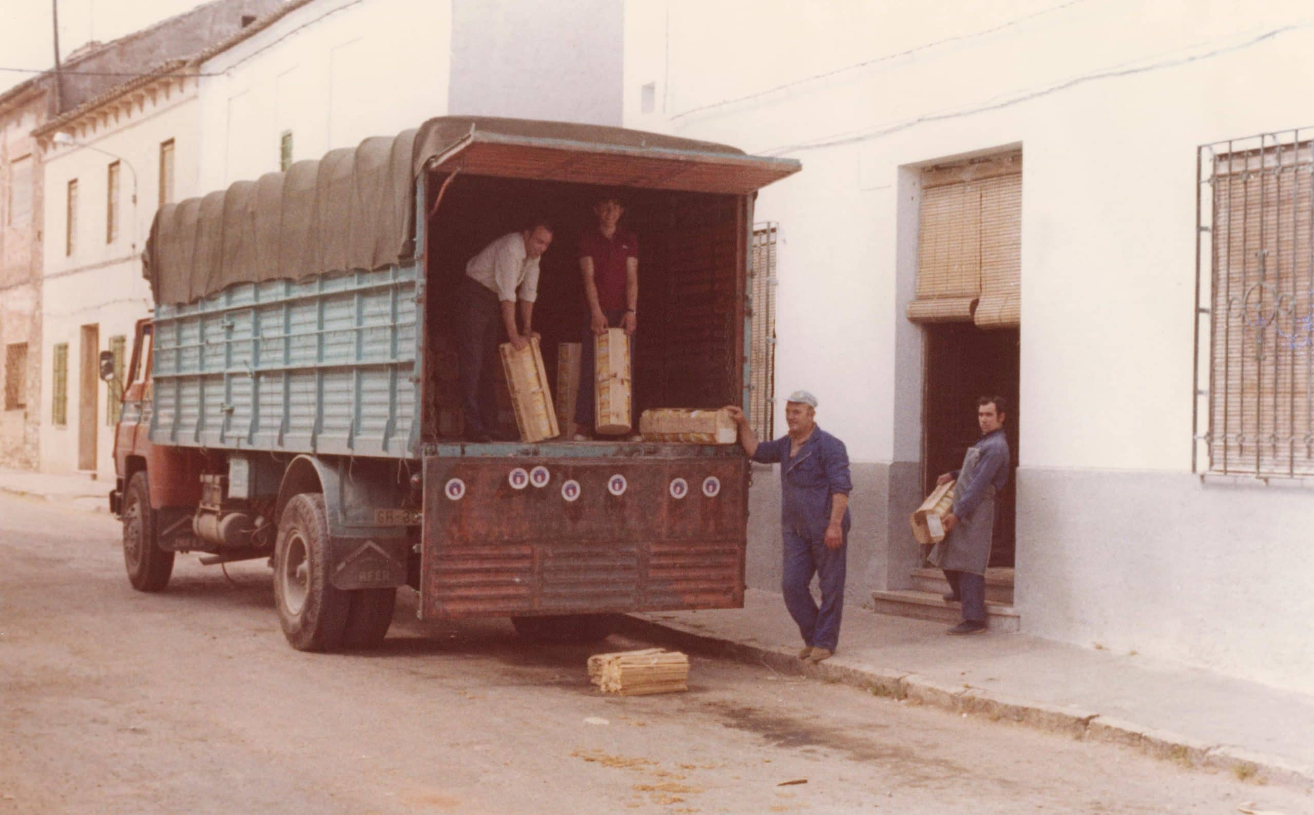 Camión de queso antiguo